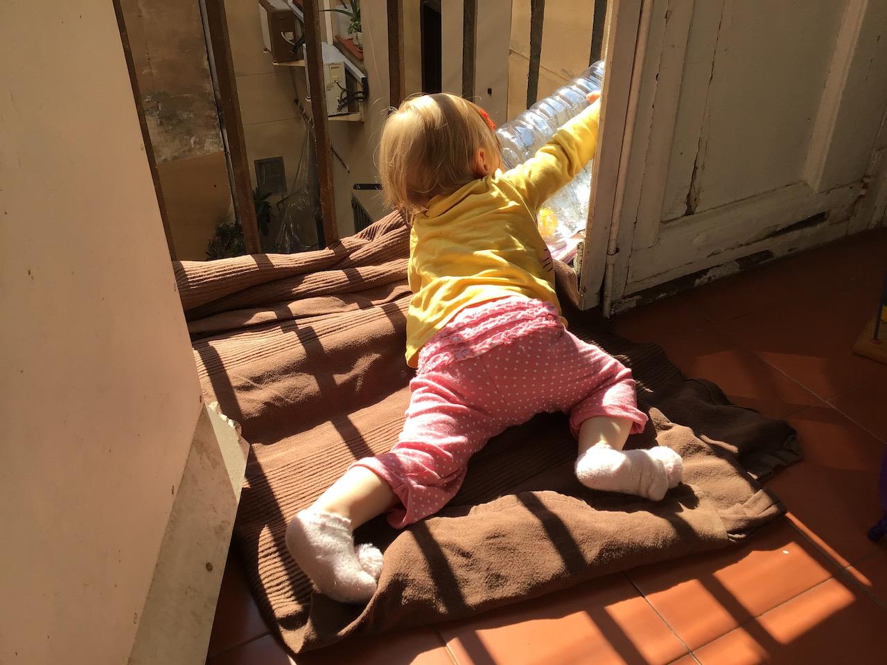 Stan alarmowy - Barcelona - pierwszy miesiąc